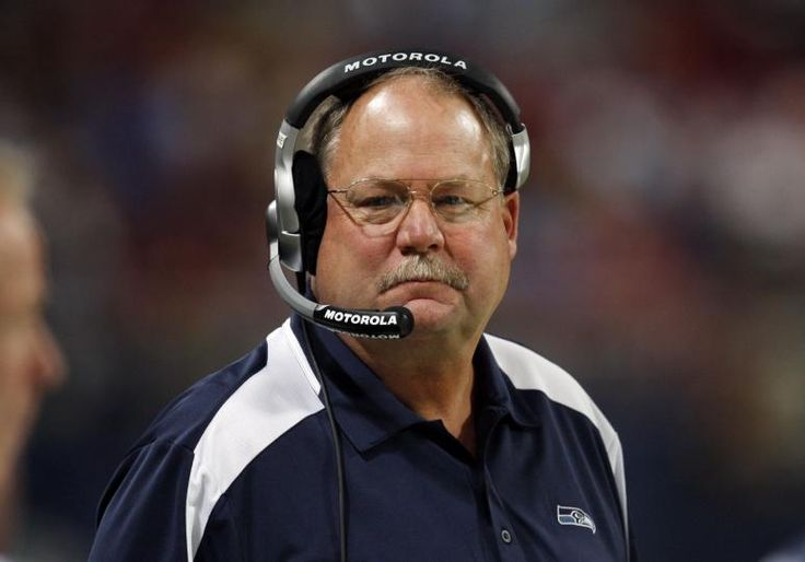 Mike Holmgren Met With Oakland Raiders About Vacant Coaching Position - http://www.tsmplug.com/nfl/mike-holmgren-met-oakland-raiders-vacant-coaching-position/