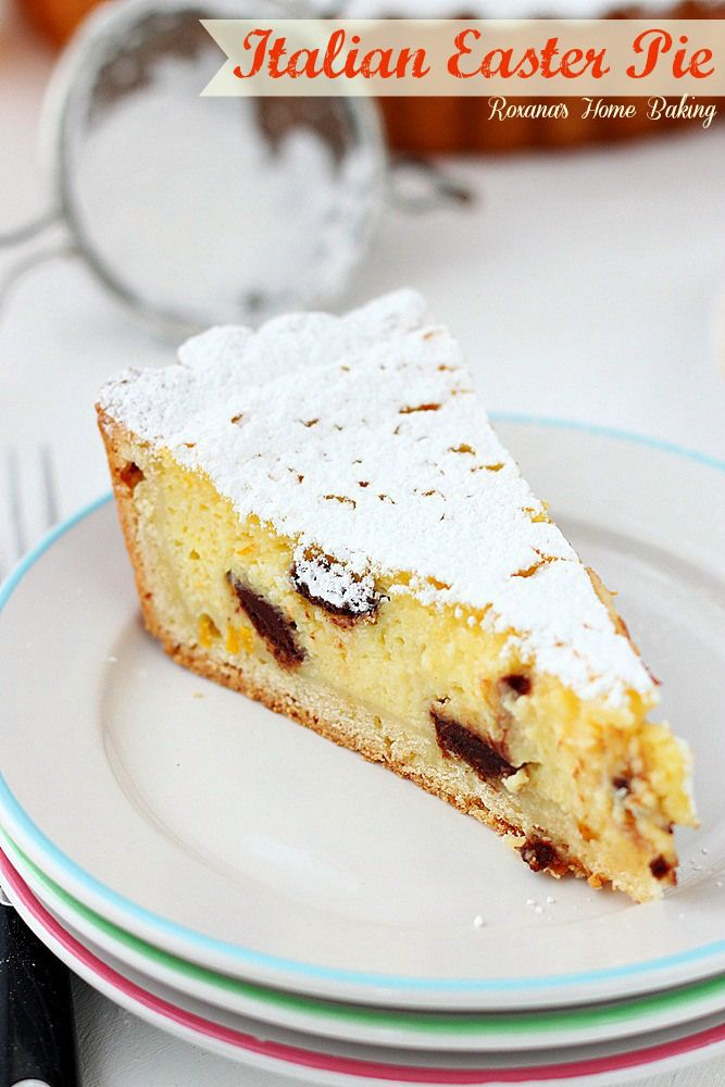 Pastel italiano Pascua de Roxanashomebaking.com dulce, cremoso, luz tarta de ricota con chispas de chocolate y un toque de naranja.