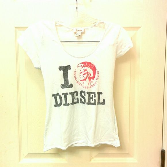 White Diesel shirt Cute diesel shirt in good condition! Pair it with some denim and you're good to go(: definitely can fit XS Diesel Tops