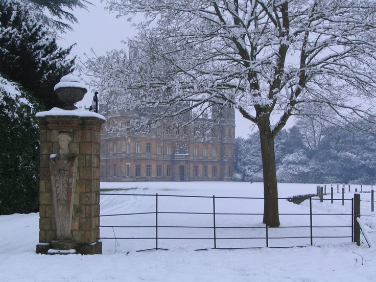 highclere castle in the snow | Downton Abbey | Pinterest ...