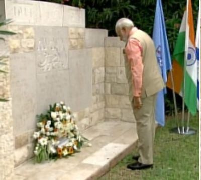 Narendra Modi: PM Modi visits Haifa, pays homage to Indian World War I heroes | India News - Times of India