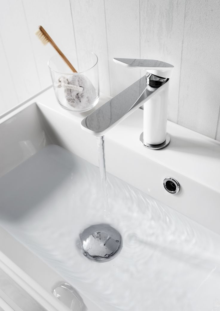 Create a statement in bathrooms with this ultra cool Pier white basin monobloc white tap from Crosswater. http://www.crosswater.co.uk/bathroom-inspiration/trend-focus-its-all-white/