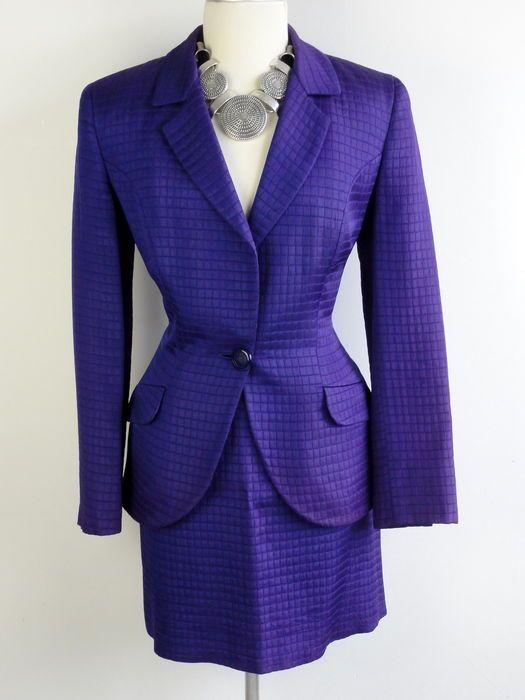 Nu in de #Catawiki veilingen: Versace - mantelpakje - rok - jasje