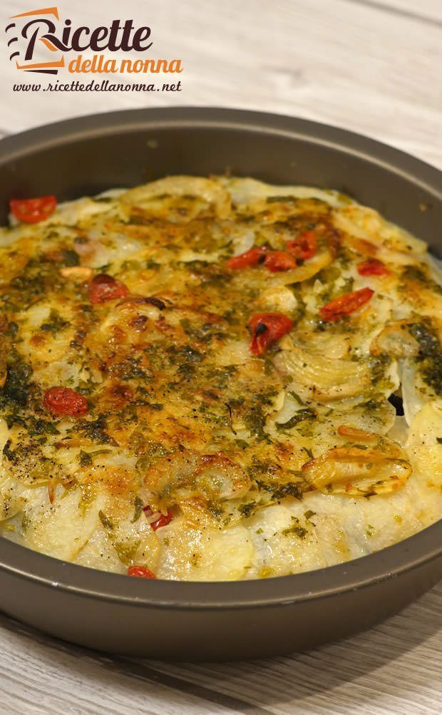 Foto tiella pugliese riso, patate e cozze