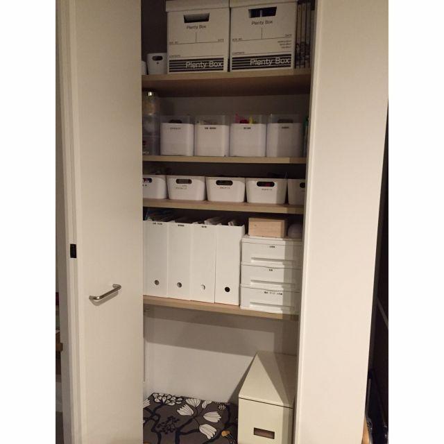 tSaさんの、シンプルライフ,やっと整った,暮らしの愛用品,収納,見えないところも美しく,棚,のお部屋写真