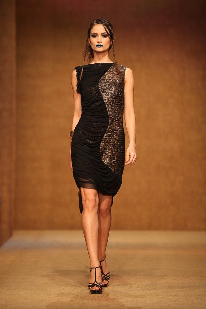Lace dress - Touareg Collection.