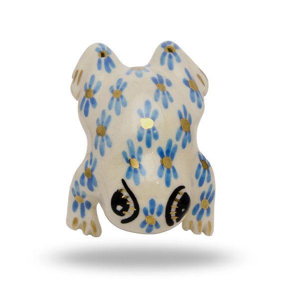 Hey, I found this really awesome Etsy listing at https://www.etsy.com/listing/167752629/ceramic-decorative-frog-knob-novelty