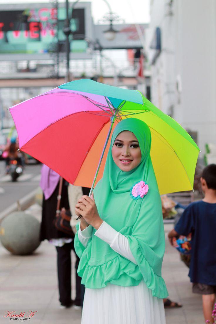 https://flic.kr/p/BmfwTS | Muties Hijab with Rini Mulyani