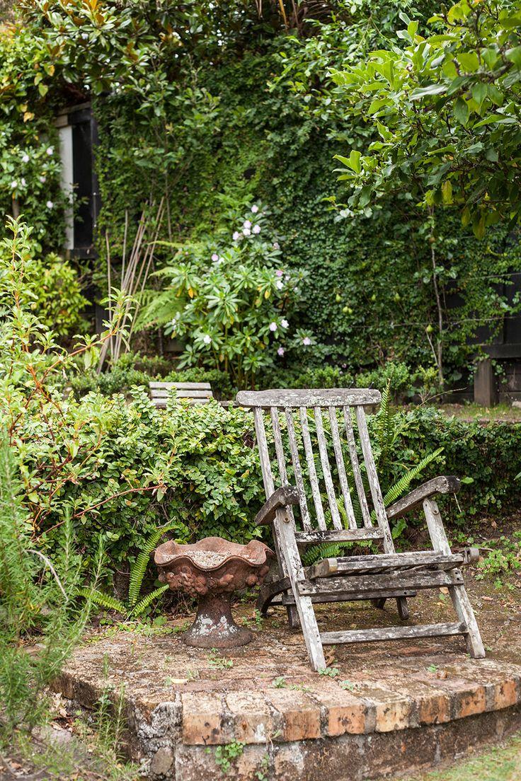 Formal garden setting