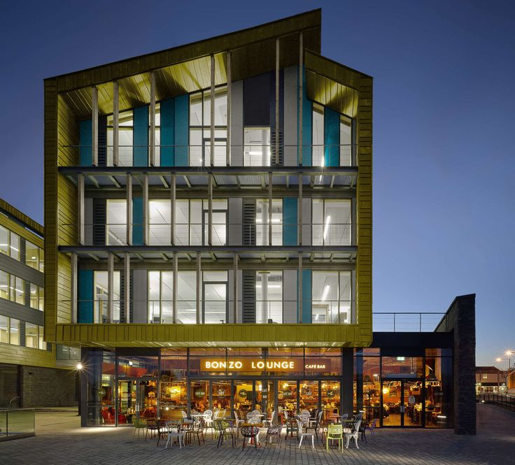 The new Keynsham Civic Centre & One Stop Shop has completely transformed the town centre in a way that exceeds the expectations of a corporate office develop...