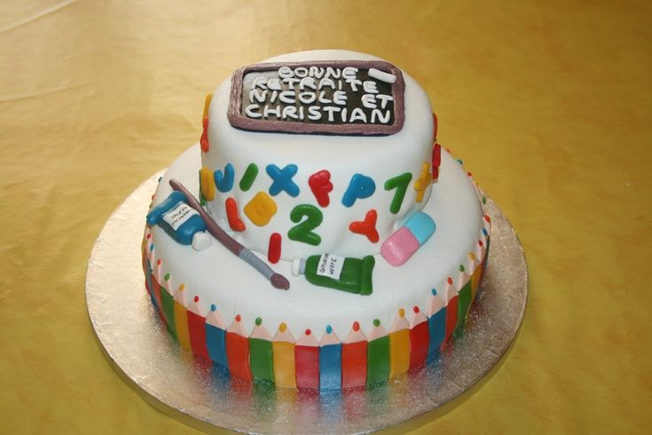 Gâteau thème école pâte d'amande, retraite professeurs