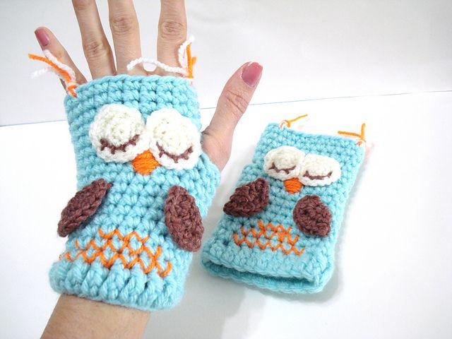 Ravelry: Sleepy Owl Gloves pattern by AllSoCute Seren