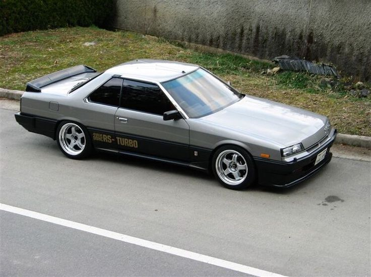 いいね♪ スカイライン http://geton.goo.to/photo.htm #followback #geton #photo #auto #car #supercar #NISSAN #skyline #R30 目で見て楽しむ!感性が上がる大人の車・バイクまとめ -geton http://geton.goo.to
