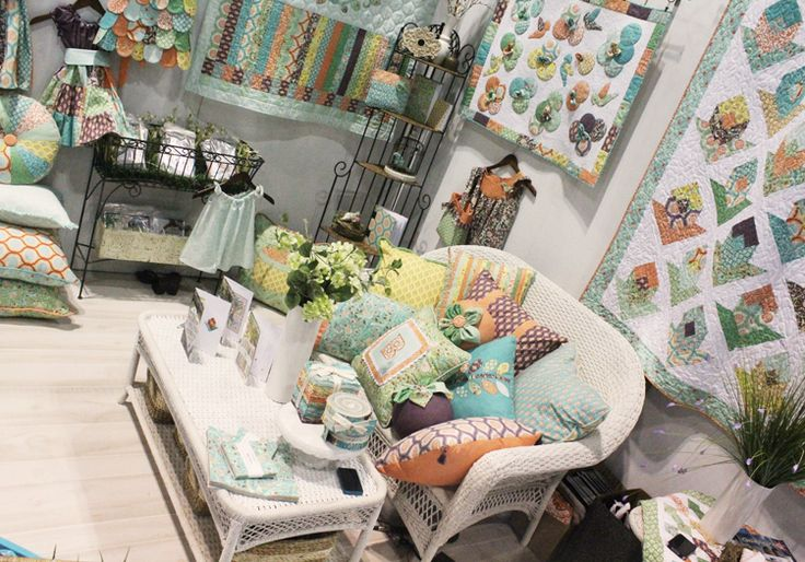 quilts using Birds and Berries fabric | lauren_jung_jessi_jung_moda_fabrics_birds_and_berries_booth_market