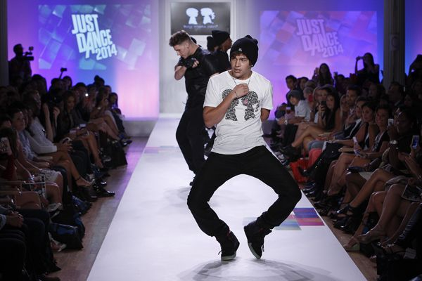 boy meets girl dance flow Waka waka (this time for just dance 3 ubisoft meets nintendo - just mario just dance 2 • gonna make you sweat • hey boy hey girl • hungarian dance no.
