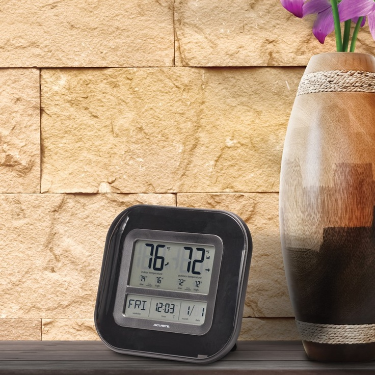 The AcuRite Digital Indoor / Outdoor Thermometer With Atomic Clock U0026  Calendar