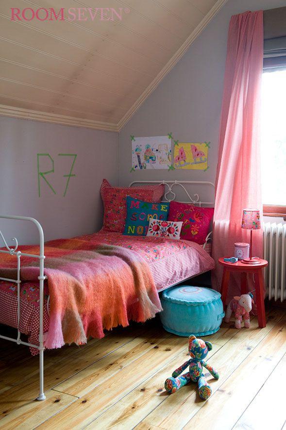 Room Seven girls