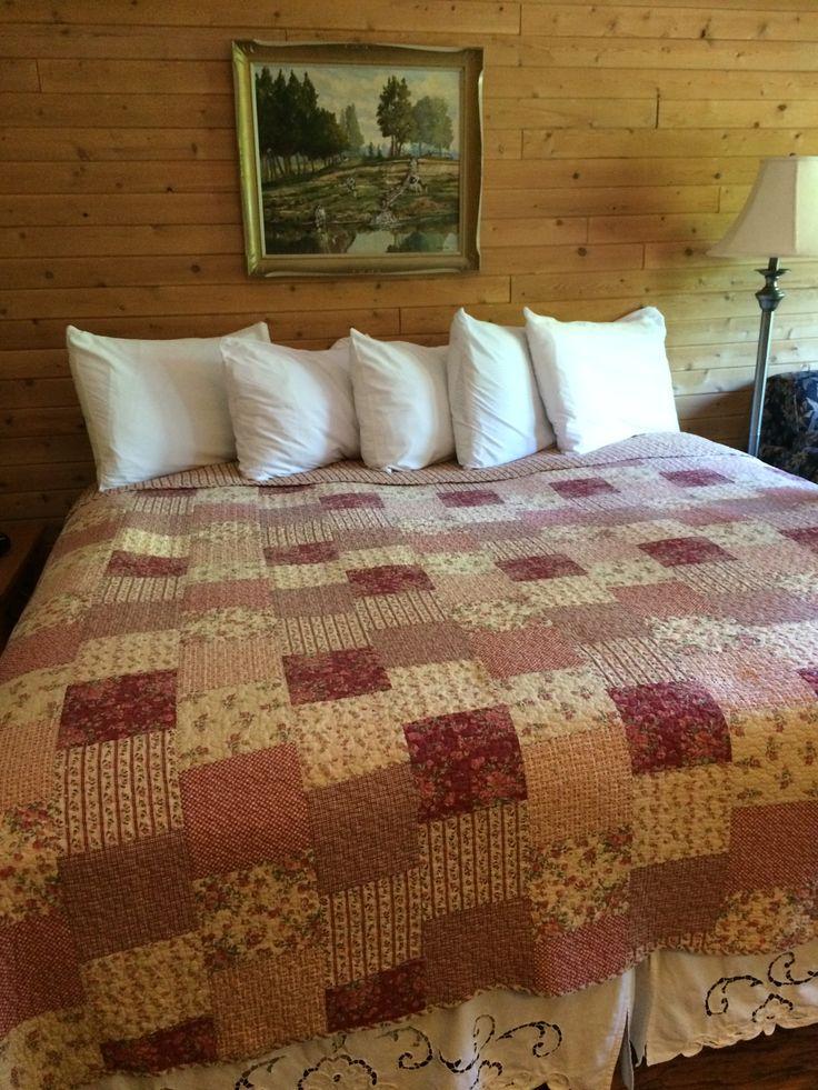 Beautiful quilt at Westwind Inn #KawarthaChamber