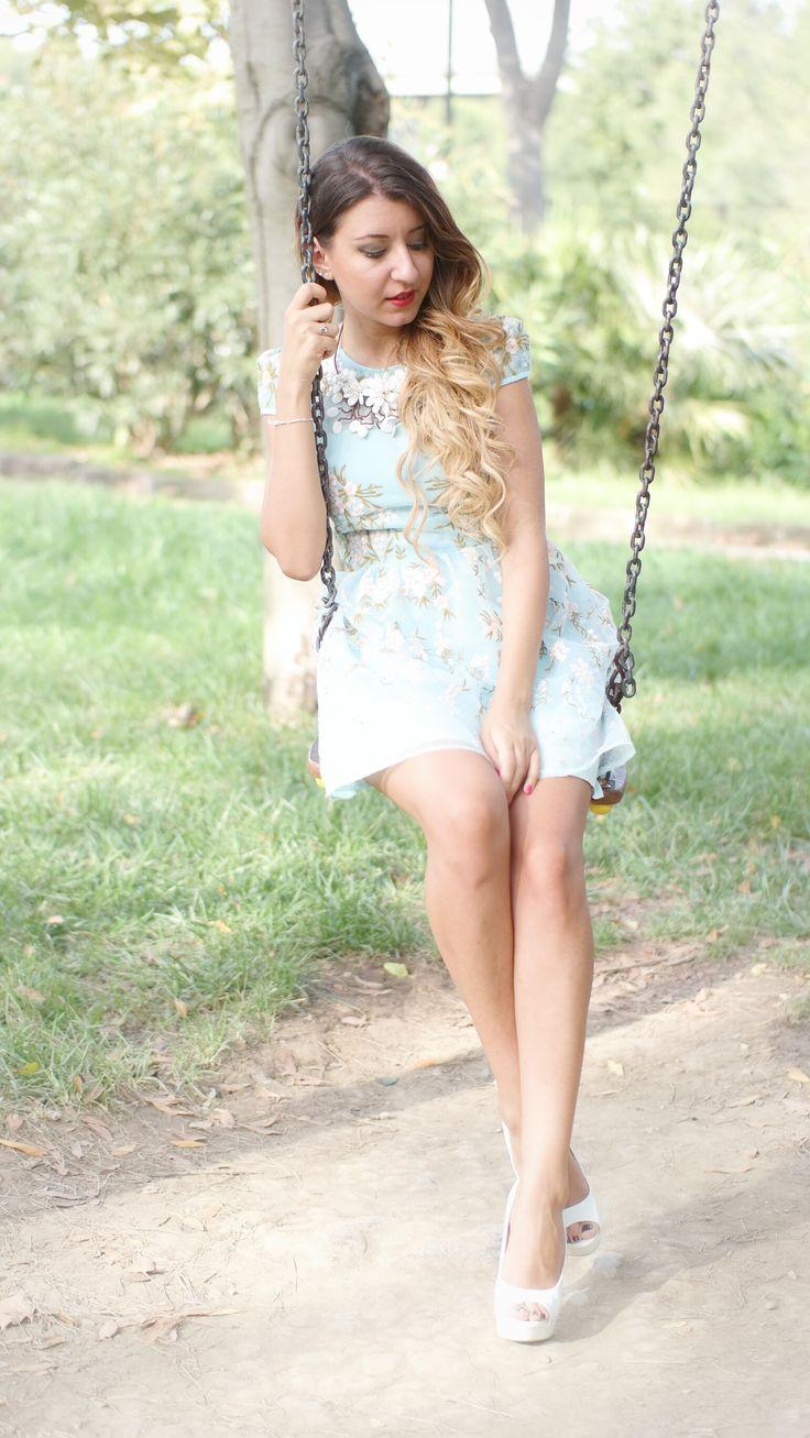 Abito Celeste Corto mini romantic dress