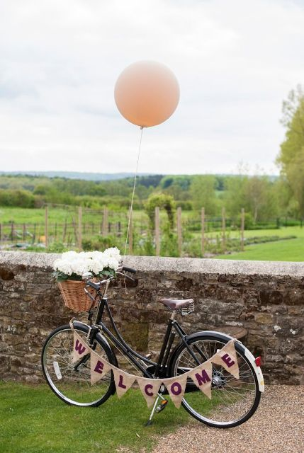 25 Original Bicycle Themed Wedding Ideas - Weddingomania