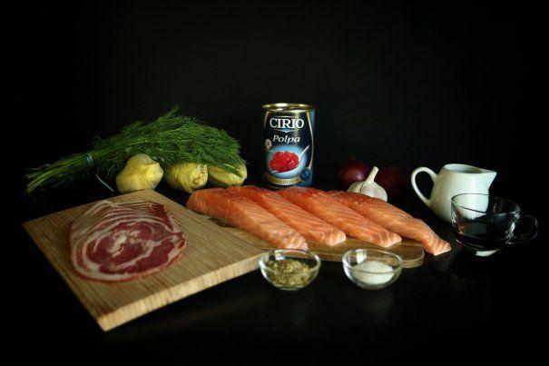 Somon invelit in pancetta pe pat de andive si pulpa de rosii Cirio | Feluri principale | printesapolonic.ro
