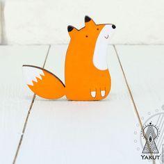 Купить Деревянная брошь Лисичка №1 / деревянный значок рыжая лиса - брошь