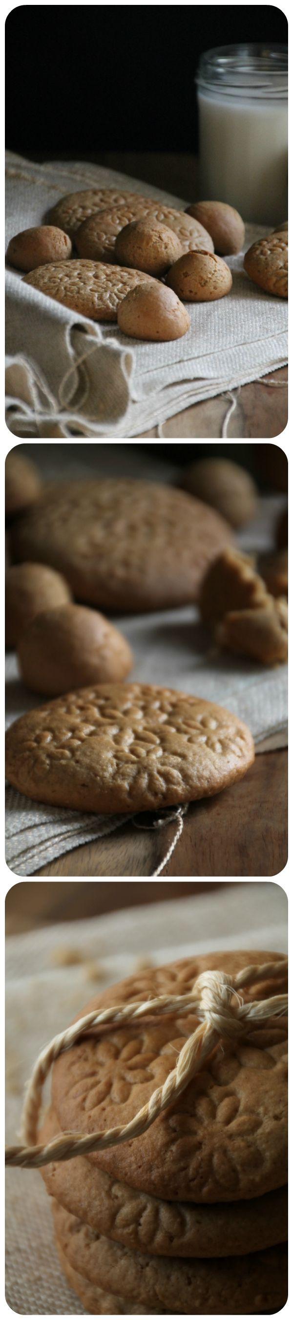 Een recept voor speculaas koekjes, krokant aan de buitenkant en zacht vanbinnen. Het perfecte koekje om te serveren tijdens Sinterklaas of de kerst periode!  Recipe Speculaas cookies