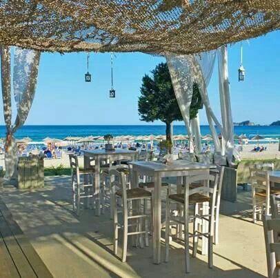 Skiathos....... tavern by the sea!