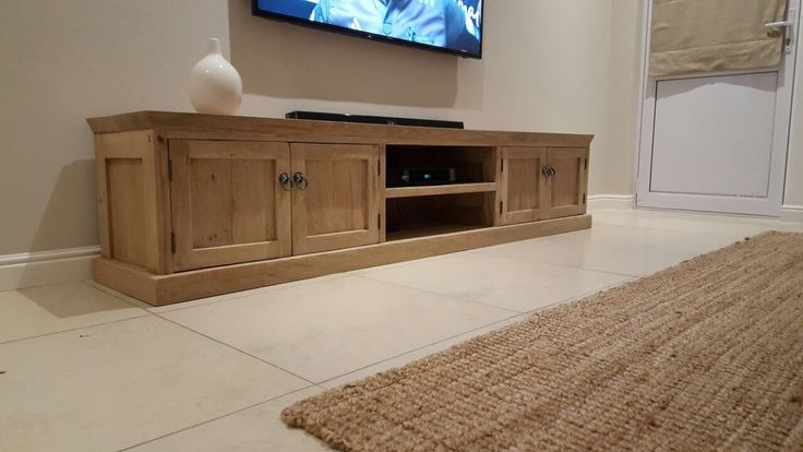 Making of Roxanne's awesome French oak plasma unit. Turn on the Telly! 2.5m.