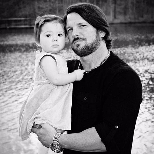 WWE Superstar AJ Styles (Allen Jones) and his daughter Anney #WWE #wwefamilies #wwekids