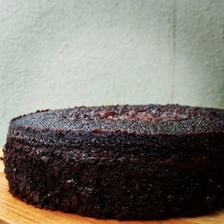 Moist chocolate mud cake with a great crumb and intense chocolate flavour!