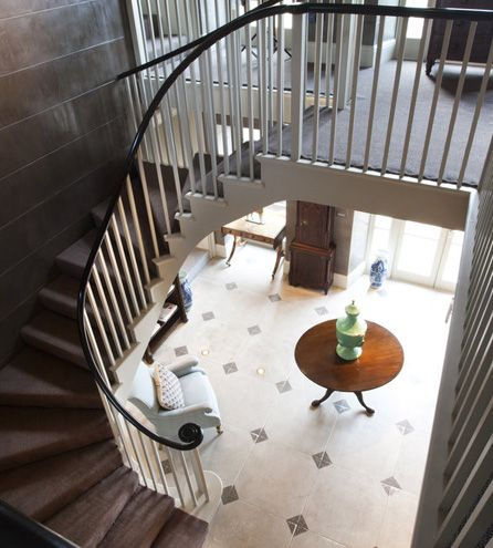 Axnoller House - Entrance Hall