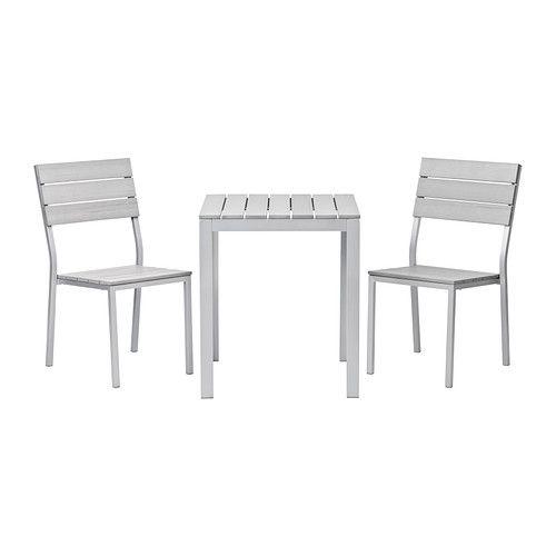 FALSTER Ulkokalustesetti (pöytä/2 tuolia) IKEA Styreenimuovista valmistetut säleet ovat säänkestävät ja helppohoitoiset.