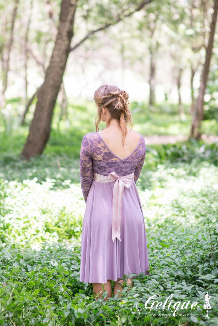 One of the Three options for the back of the Daisy dress is a V back. The Daisy dress also has an option with sleeves