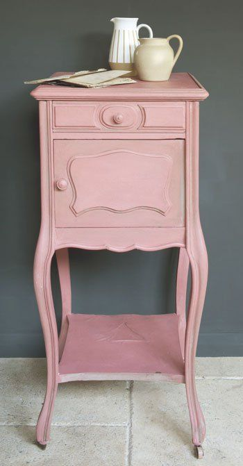 Side table in scandinavian pink and French Linen around the mouldings.