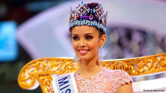 Megan Lynne Young - Philippines - Miss World 2013