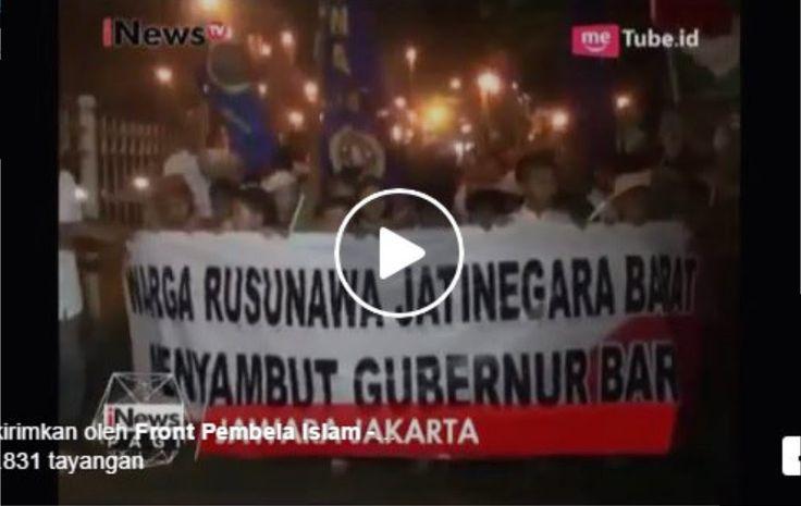 Anies-Sandi Menang, Ribuan Warga Kampung Pulo Lakukan Pawai Obor Sebagai Ungkapan Rasa Syukur