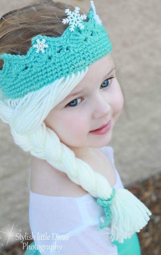 Elsa Crown with Hair [Free Crochet Pattern] #CrochetPatternsToys