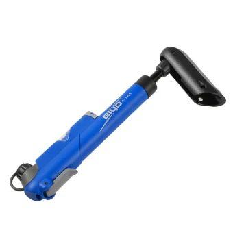 บอกต่อ  GIYO Bicycle Portable Mini Pump 120 Psi Bike Pump Fit Presta &Schrader Valves (Blue Color)  ราคาเพียง  293 บาท  เท่านั้น คุณสมบัติ มีดังนี้ Brand: & & & &&GIYO Feature: & & &&T Handle,&WithGas-Pressure Gauge, Net Weight: &116g/Pcs Type: & & & & &&Mini/CompactPump& && Valve Type: &Presta and Schrader Valve are available Size: & & & & & &23.2cm x3.5cm