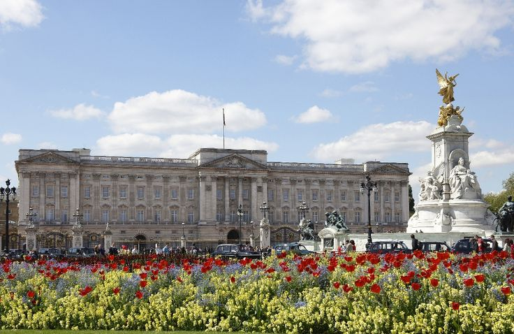 Buckingham Palace is one of the iconic sights of London - the capital of Great Britain . It is the biggest of several palaces owned by the British Royal family. It is also the principal workplace of the reigning monarch of the United Kingdom – Queen Elisabeth II and place, where state occassions and official meetings are organised.