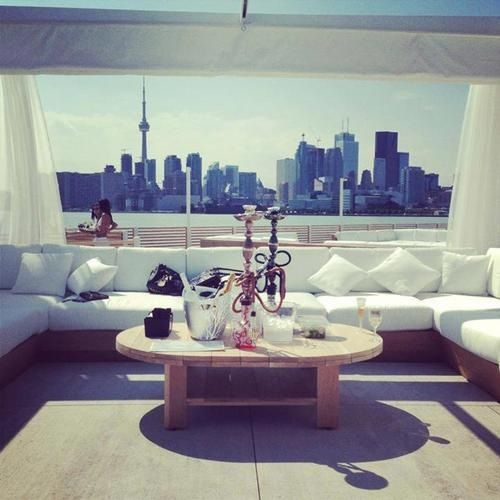 Entertainment Areas More Relaxed But Stylish And Luxe: 25+ Best Ideas About Hookah Lounge On Pinterest