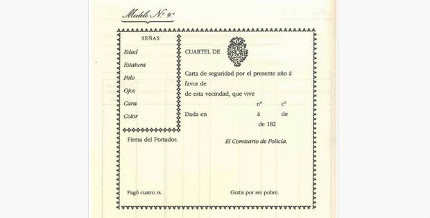 """El primer documento de identificación global lo cursó la recién creada Policía Nacional, en 1824. Costaba 4 reales, pero no tenías que pagar si firmabas en el apartado """"Gratis por ser pobre""""."""
