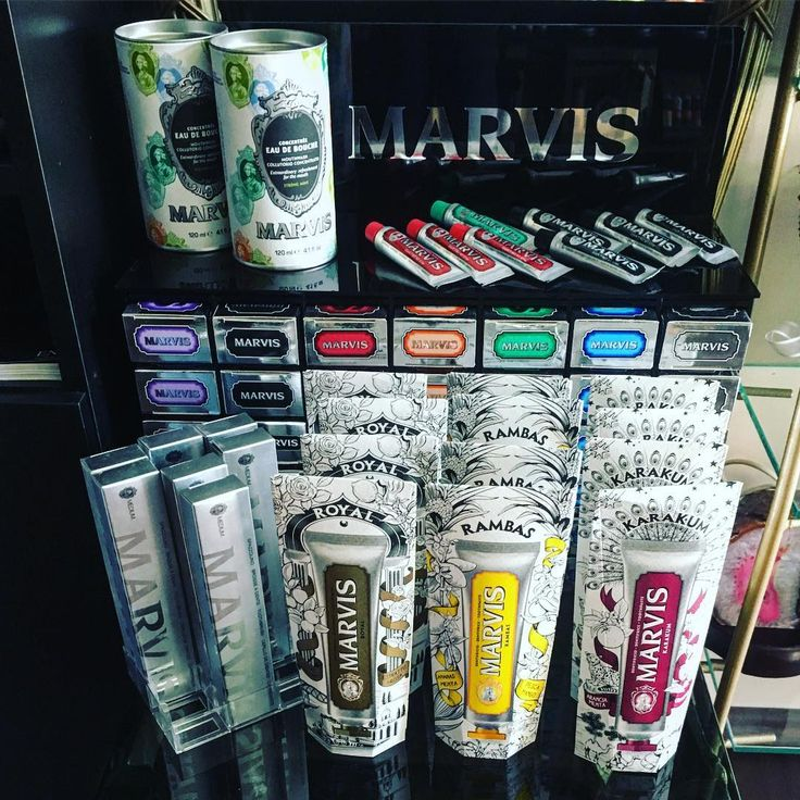 #marvis #toothpaste #toothbrush #toothcare #niche #luxury #design #art #flavors #rosinaperfumery #perfumery #perfume #parfum #nicheperfume #nichelerfumery #giannitsopoulou6 #glyfada #athens #athensreviera #greece #shoponline : www.rosinaperfumery.com 💙💚💛❤️