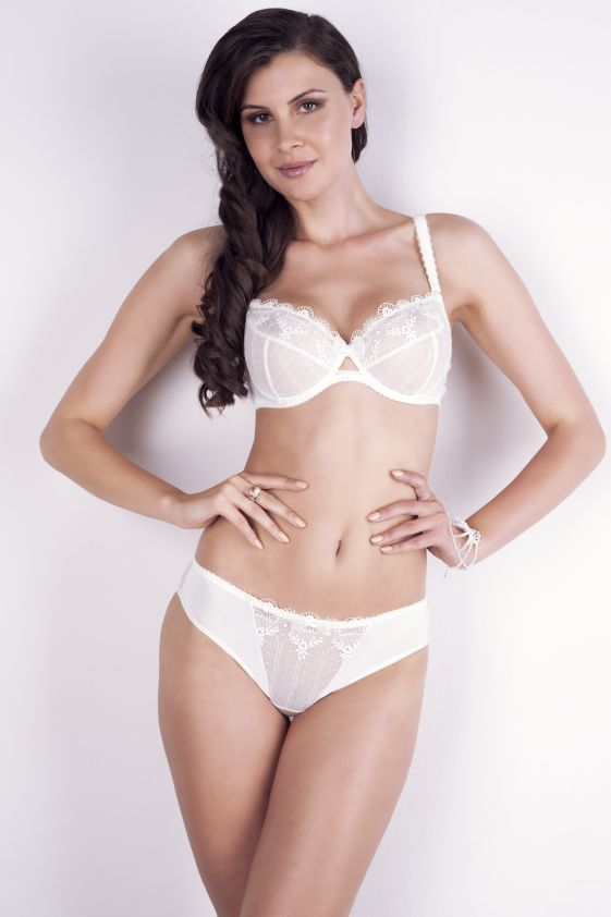New collection ZORZA bra: A222 pants: B300 www.samanta.eu