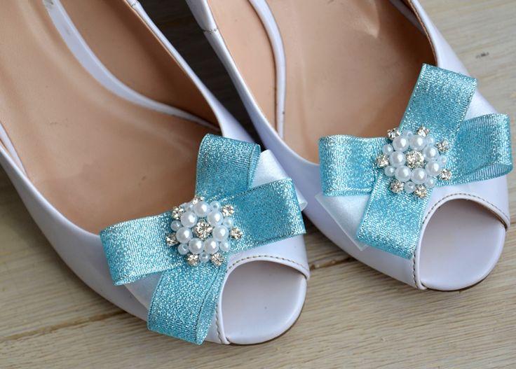 Bridal shoe clips. Blue bow shoe clips.