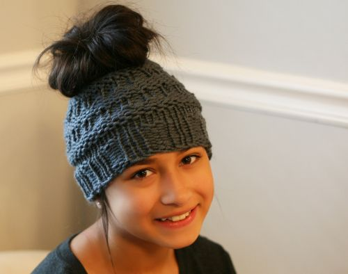 Messy Bun Hat  by LOOM free pattern thanks to Authentic Knitting Board