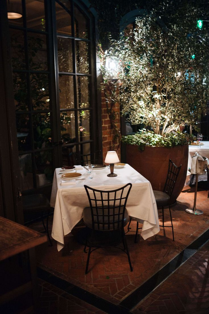 Best 25+ Outdoor restaurant patio ideas on Pinterest | Restaurant ...