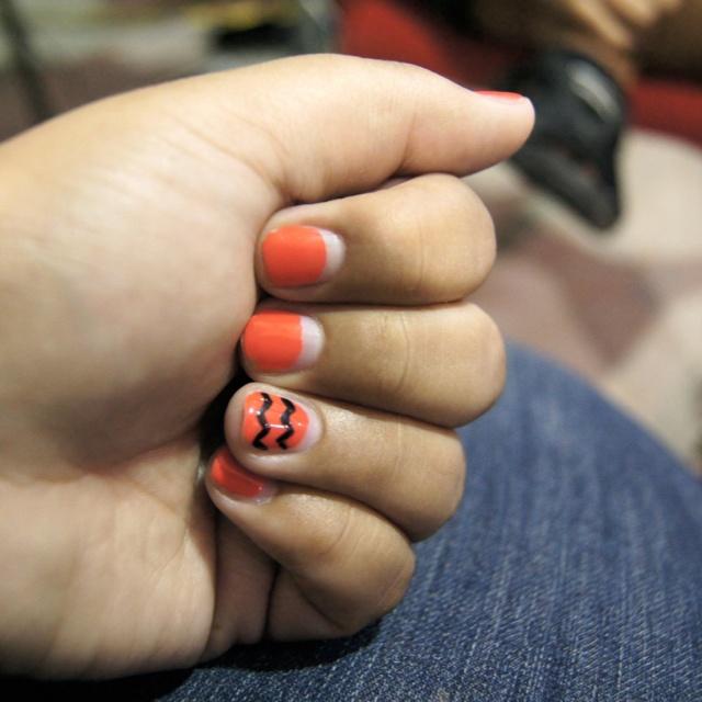 Uñas color mandarina