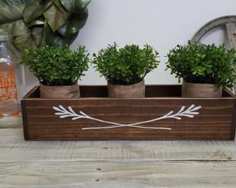 Boîte de planteur d'herbe en bois   Boîte de planteur herbe   Centre de table en bois   Pièce maîtresse de mariage   Cadeau de fête des mères   Pièce florale   Boîte en bois