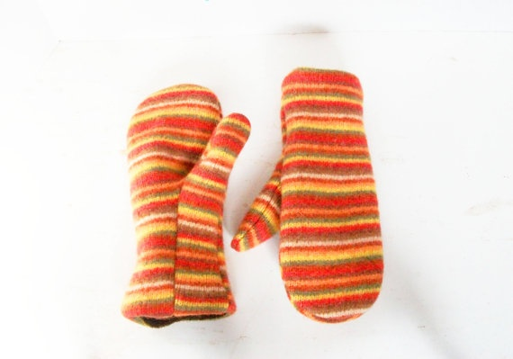 womens wool mittens made from recycled by RecycledandResewn,